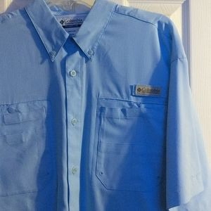 Columbia sportswear company button up